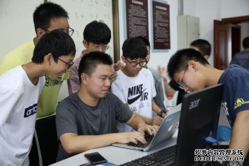 2019年江苏省信息学夏令营活动顺利举行