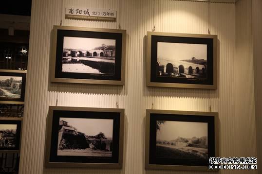 青州古城内展出的万年桥历史照片2